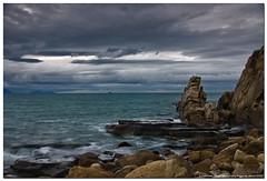 Playa de Azkorri, Vizcaya (i) (un mar en calma) Tags: espaa mar pentax taller nubes vizcaya rocas paisvasco k10d pentaxk10d photolocus playadeazkorri marcantabriaco