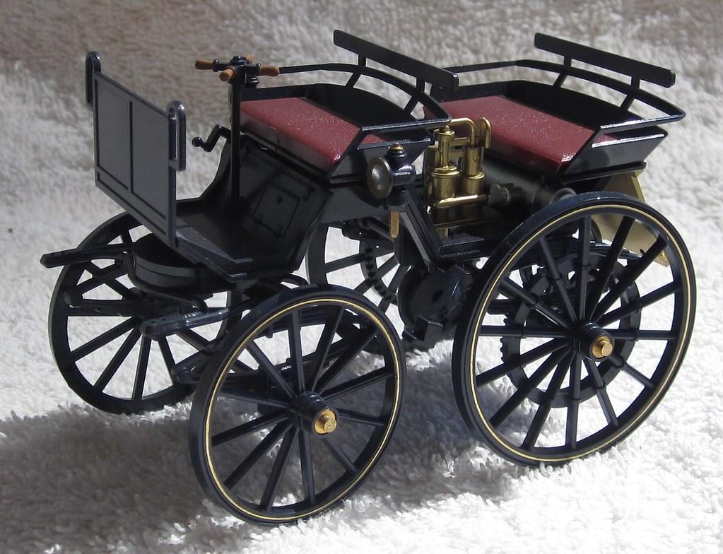 1886 Daimler Benz Motor Coach front left