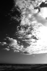 Maspalomas (Mariano Rupérez) Tags: blanco grancanaria mar negro canarias arena cielo nubes desierto isla lejos horizonte dunas maspalomas