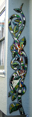 Frog Vine Mural Close Up (Kim Larson Art) Tags: california oakland mural san francisco artist mosaic glassmosaic mosaicmural gardenmosaic housemosaics mosaicsforthehome