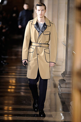 Adrian Bosch3061_FW10_Paris_Dries Van Noten(nikestav10@mh)