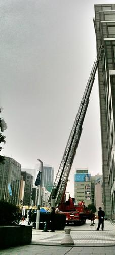 この年になっても、はしごが伸びているはしご車を見るとワクワクする。
