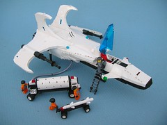 Neo Futuron Reconciler (ground crew) (Lego Monster) Tags: fighter ship lego craft strike spaceship bomber spacecraft futron