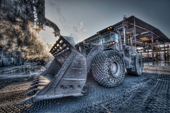Steelworks company - Vicenza, Italy (Mia Battaglia photography) Tags: industry hdr bulldozer afv beltrame steekworks