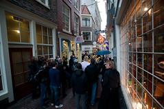 Street event - Amsterdam (laurentlouis46) Tags: city netherlands amsterdam bicycle frank boats anne nederland huis singel boattrip paysbas redlightdistrict ville fietsen bols herengracht madametussauds fietsers hollande cyclistes heinecken niederlanden houseofbols laurentlouisphotography