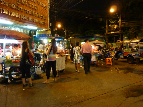 Street sellers in Bangkok