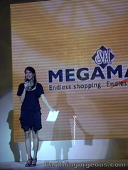Angel Aquino hosting the Mega Atrium launch