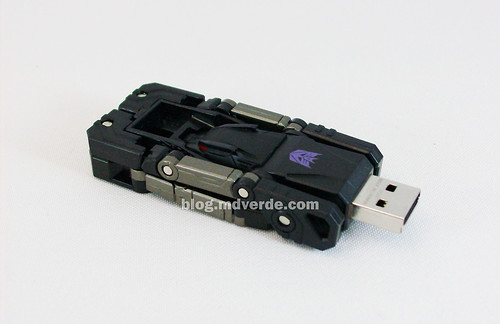 Transformers Ravage Device Label - modo USB