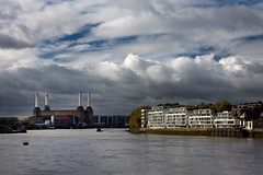 Battersea, gathering clouds (Studyjunkie) Tags: city uk greatbritain england london thames landscape industrial britain battersea riverthames powerstation batterseapowerstation vauxhallbridge project365 explore341 project3661 t189project365 t189scavengerhunt t18908220