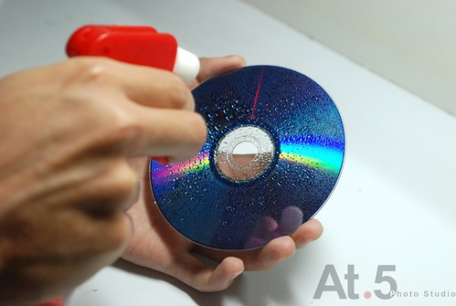 阿茂實驗室_光碟片與水珠06.jpg