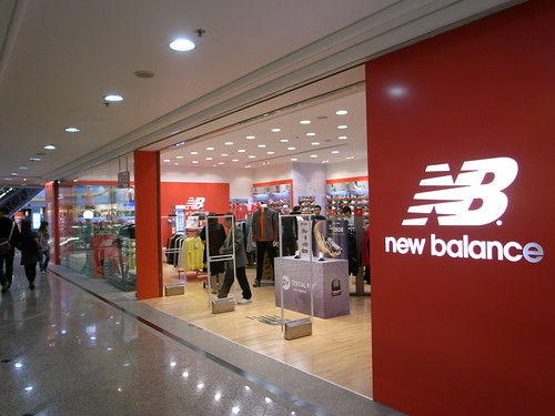 new balance en shopping