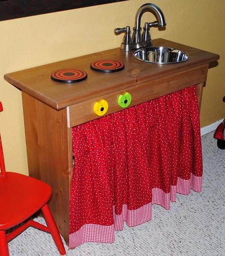 play kitchen, wood play kitchen, handmade play kitchen, diy play kitchen, unique play kitchen, imaginary play, food play