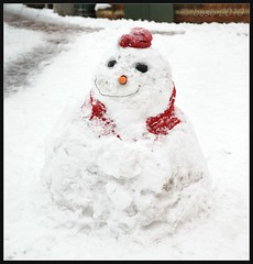DSC_0532_b Our New Mayor (busb) Tags: uk winter england snow cold snowman raw berkshire berks wokingham 2470mm 5inches d700 cnx2