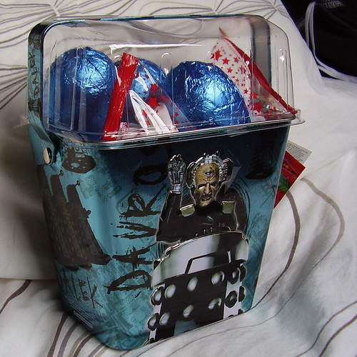 DR WHO - Dalek Mini Bucket + Eggs