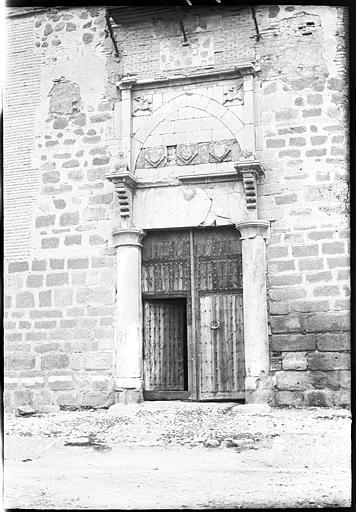 Palacio de Fuensalida en 1907. Fotografía de Roy Lucien. Société Française d'Archéologie et Ministère de la Culture (France), Médiathèque de l'architecture et du patrimoine (archives photographiques) diffusion RMN