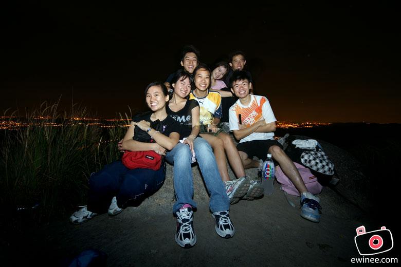 BROGA-5AM-MORNING-HIKE-group-us