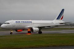 F-GHQK - 236 - Air France - Airbus A320-211 - Manchester - 081126 - Steven Gray - IMG_3304