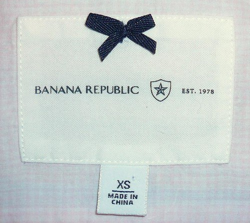 label_pink_Banana_Republic_shirt