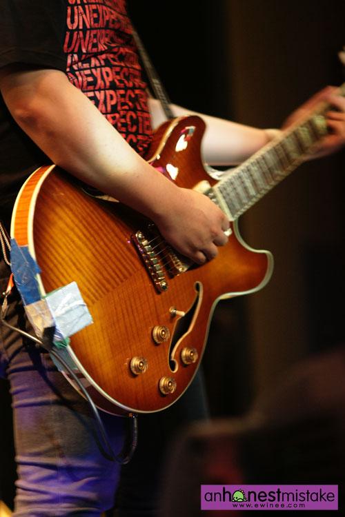 An-Honest-Mistake-City-Harvest-dan-guitar