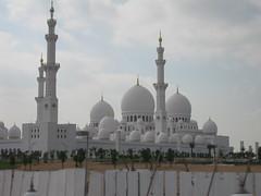 Sheikh Zayed mosque (christina.rejkjaer) Tags: mosque emirates abudhabi unitedarabemirates sheikhzayed arabemirates theunitedarabemirates sheikhzayedmosque