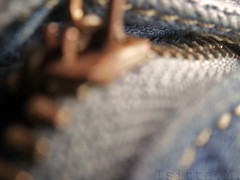 Cremalleras (IsittaMagic) Tags: blue orange me azul photography photo foto pants bokeh song magic yo olympus naranja zip cancion sidecars pantalon cremallera x41 i x42 forografia fe46 isitta