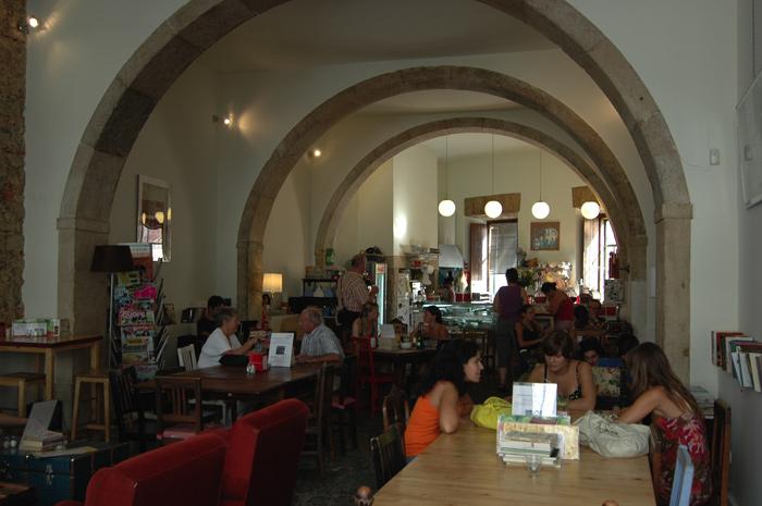 Lisboa, Alfama, Pois Cafe