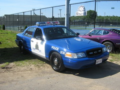 2008 Ford Crown Victoria RCMP car with retro paint scheme (JarvisEye) Tags: auto show canada ford car automobile police voiture newbrunswick moncton rcmp 2008 concours cruiser patrol crownvictoria royalcanadianmountedpolice atlanticnationals