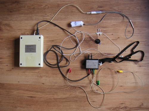 electrodes usedbysomeone datarecorder sleeprecorder
