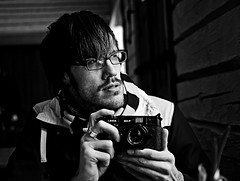 Sven - Explore? (FreakyLeo) Tags: leica portrait bw cold coffee gteborg break photographer sweden ericsson gothenburg explore chilly sverige sven sv fika mlndal m4p gunnebo svartvitt explored canon5dmarkii explore6jan2010