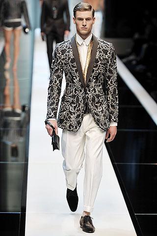 Matt Benstead3006_SS10_Dolce&Gabbana(GQ com)