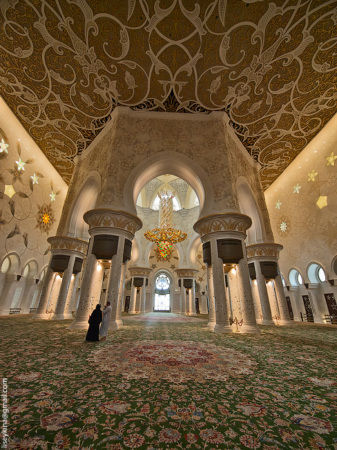 Grand Mosque. Abu Dhabi
