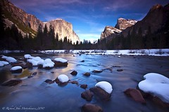 El Capitan on Ice - Valley View, Yosemite Park, California, USA (Rich Capture) Tags: california usa snow yosemitefalls river landscape merced richard yosemite halfdome elcapitan nationalparks valleyview tunnelview wawona brideveilfalls richardmatyskiewicz matyskiewicz