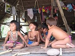 Embera children in their hut, Panama (ali eminov) Tags: tribalpeople indigenouspeople embera emberaofpanama huts children villages katuma panama emberaindians