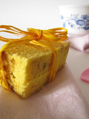 Cake al Limone e Vaniglia con Fiordaliso