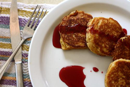 Cornmeal Molasses Pancakes