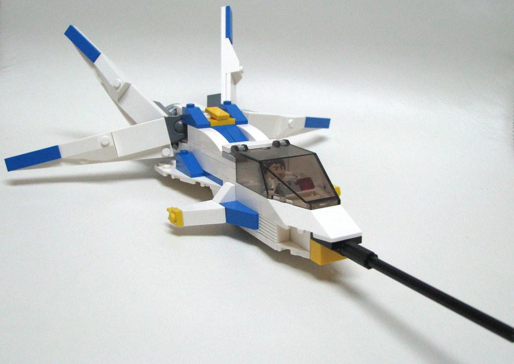 M-9o0o Hornet.