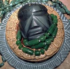 Anahuac.mezcala.01.sm (michaelgoard.com) Tags: mezcala guerrero balsas green stone jade beads maya aztec mexico antiquities carving lapidary ancient glyph maize