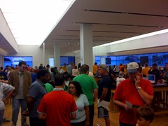 Microsoft Store Crowd