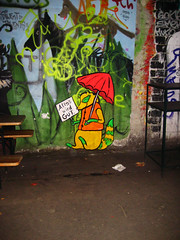 Alles wird GUT (_Loaf_) Tags: streetart berlin pasteup art poster graffiti gut all arte good wheatpaste paste wheat right urbanart will be urbana everything loaf ok alles allright wird strassenkunst alleswirdgut everythingwillbeok