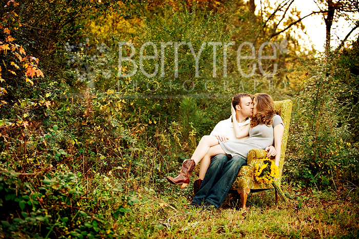 4104342641 33221685a5 o In love.   BerryTree Weddings : Canton, GA photographer