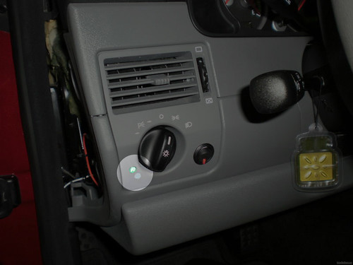 Wiring Up A Rear Fog Light Crossfireforum The Chrysler