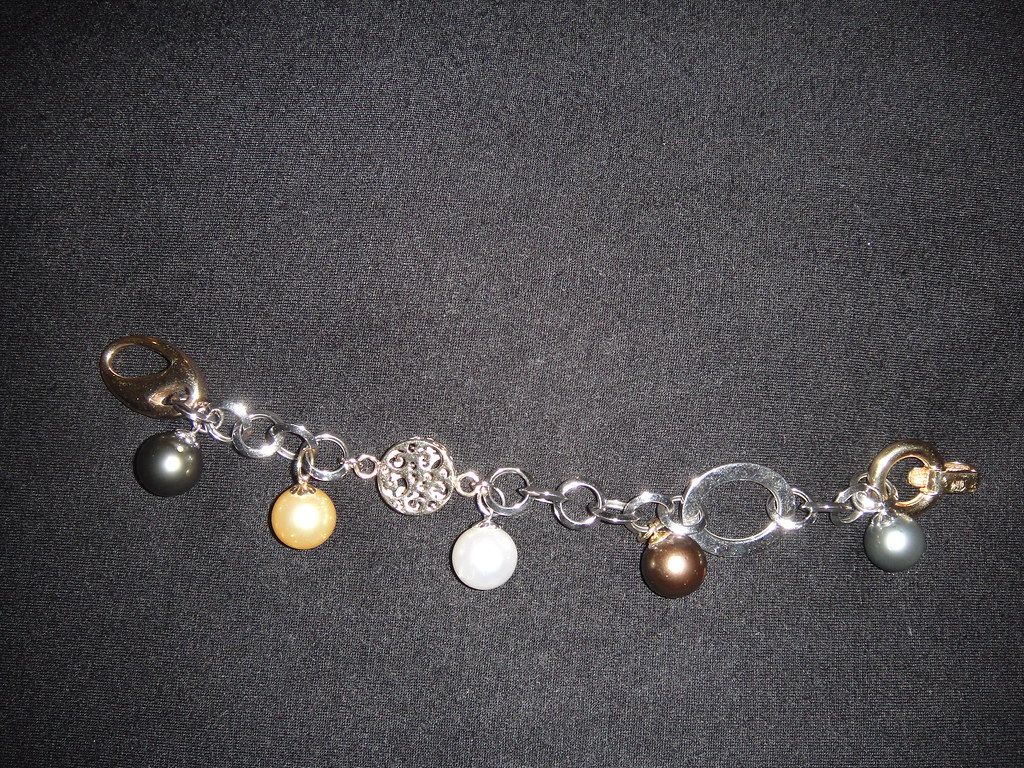bracelet with pearl charms