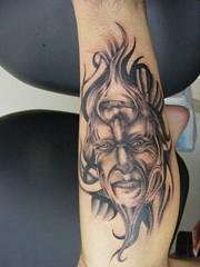 master tattoo,מאסטר קעקועים,פנים ברגל