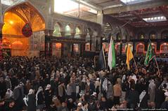 حركة المواكب الحسينية والزائرين داخل الصحن الحسيني في 8 محرم الحرام 1431هـ
