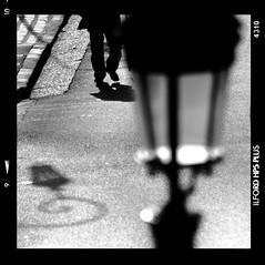 Le lampadaire (Artlove2010) Tags: polaroid noiretblanc puteaux champigny
