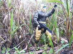 OUT FROM THE GRASS LANDS (FLATLINE54) Tags: scale toys action joe plastic figure gi hasbro 375 oring rampart118