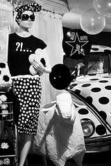 back to 60's. (j e h 1 8 2) Tags: brazil blackandwhite mannequin fashion 60s sheep saopaulo beetle balls bubbles clothes polkadots sampa sp fancy stylish avenidapaulista fusca 50mmf18 canoneosrebelxti400d jeh182