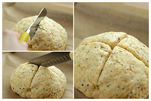 Cheese & Onion Biscuit Bread