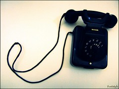 Tlf (Susi Toms Zaragoza) Tags: phone telefono comunicacion llamando