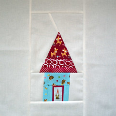 kerri_block (Jaybird Quilts) Tags: gnome minihouse quiltbee beeblocks beeimaginative